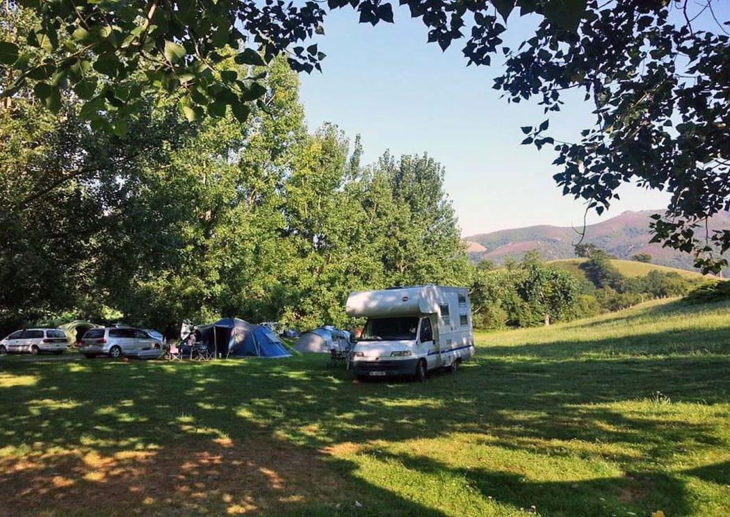 Aire Naturelle De Camping Mendikoa En Pays Basque